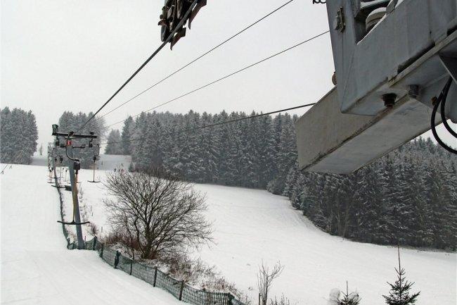 Wegen der Corona-Schutzverordnung steht der Skilift in Holzhau still.