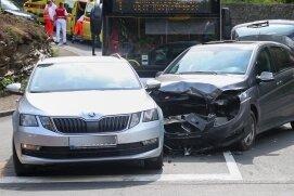 Ein Verkehrsunfall hat sich am Mittwoch an der Kreuzung Scharfensteiner/Alte Marienberger Straße in Zschopau ereignet.