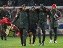Thiago (Mitte) erleidet im DFB-Pokal einen Bänderriss