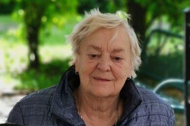 Mit diesem Foto suchen Polizei und Angehörige nach der vermissten Anneliese Lucia D. aus Zwickau.
