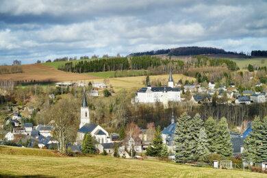 Wer ein Ferienhaus im Erzgebirge besitzt, sollte dieses auch regelmäßig renovieren.