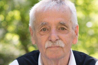 """Der in Frohburg geborene Schriftsteller Guntram Vesper kommt am Dienstag nach Oederan, um aus seinem mehrfach ausgezeichneten autobiografischen Roman """"Frohburg"""" zu lesen. Dieser handelt auch von seinen Großeltern, die aus der Stadt des Klein-Erzgebirges stammen."""