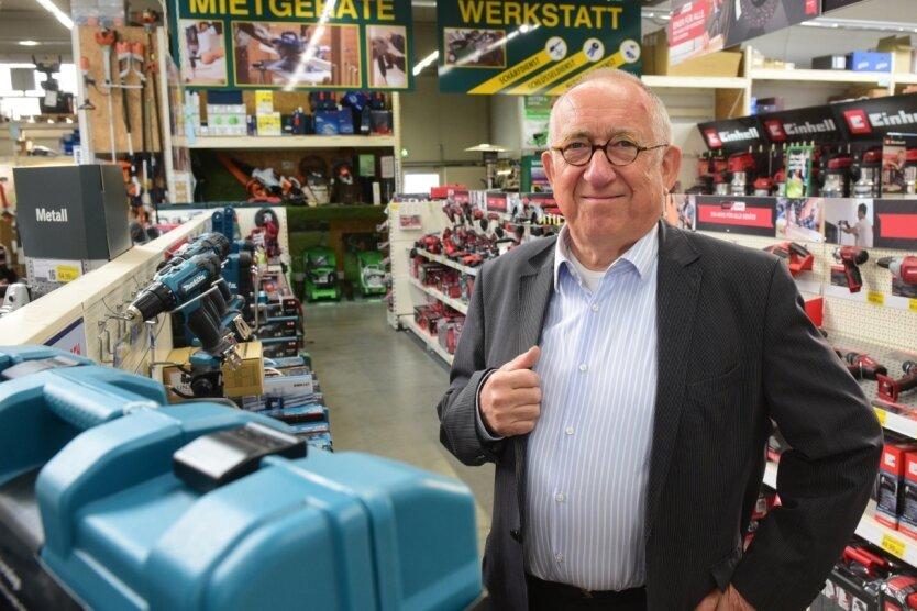 Seniorchef Günter Lichtenstein in der Chemnitzer Filiale der Baumarktkette Leitermann. Das Unternehmen wird in siebenter Generation geführt, Lichtenstein hat es seit 1970 geleitet und sich nun als Seniorchef aus dem operativen Geschäft zurückgezogen.