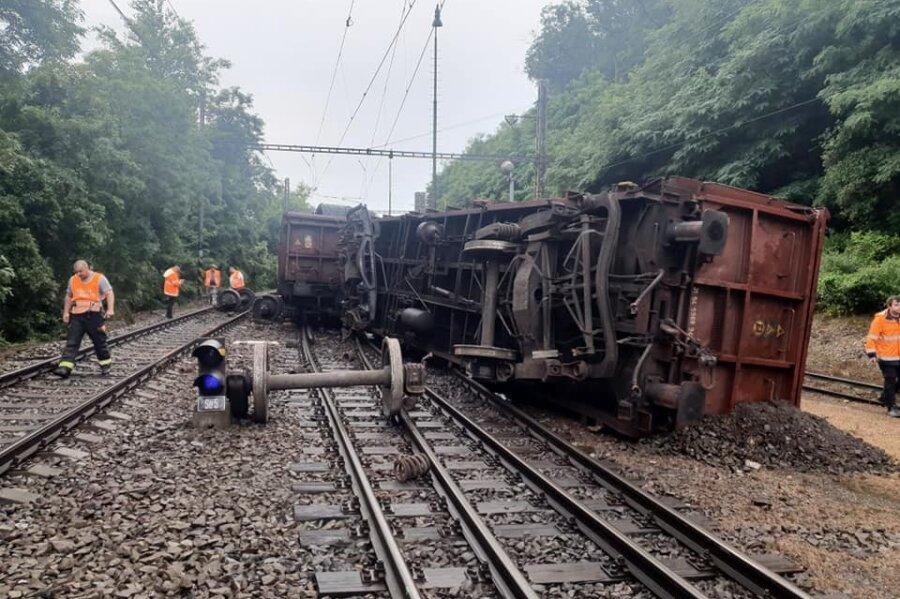 Güterzug entgleist: Strecke Dresden - Prag bis Donnerstag gesperrt