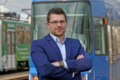 Geschäftsführer Steve Preißner auf dem Gelände des Betriebshofes der Städtischen Verkehrsbetriebe Zwickau an der Schlachthofstraße.