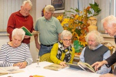 Nach 57 Jahren haben sich die damaligen jungen Naturforscher erneut in Rotschau getroffen.
