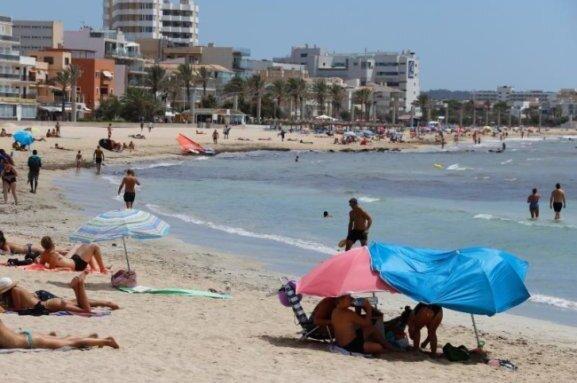 Wegen einer fehlerhaften Übertragung von Corona-Daten der Balearen an das spanische Gesundheitsministerium in Madrid sind die Infektionszahlen tagelang zu niedrig ausgewiesen worden.
