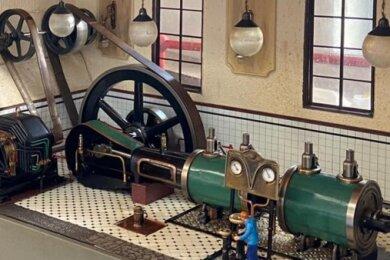 Ein Dampfmaschinenmodell des Werdauers Klaus Lange.