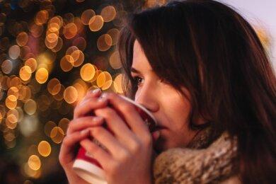 Der Glühwein soll auch in diesem Jahr schmecken: Die meisten vorweihnachtlichen Traditionsveranstaltungen sollen trotz Corona stattfinden. Ein paar Abstriche wird es geben und mehr Abstand.