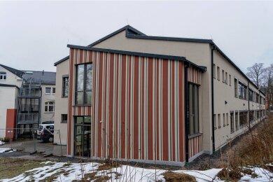 Auf dem Standort des vor 25 Jahren in Containerbauweise errichteten Schulhauses entstand für über vier Millionen Euro ein Neubau.