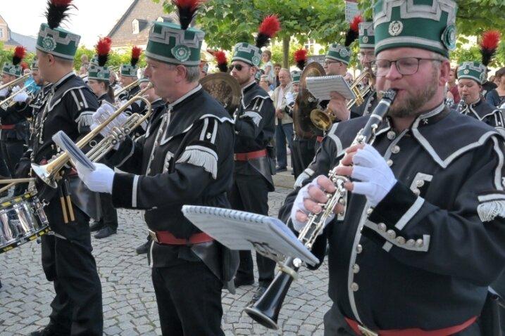 Zum Bergstreittag in Schneeberg hat erstmals wieder eine Bergparade stattgefunden.