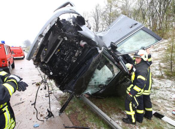Mehrere Verletzte gab es am Montag bei einem Unfall auf der A 4 bei Hohenstein-Ernstthal