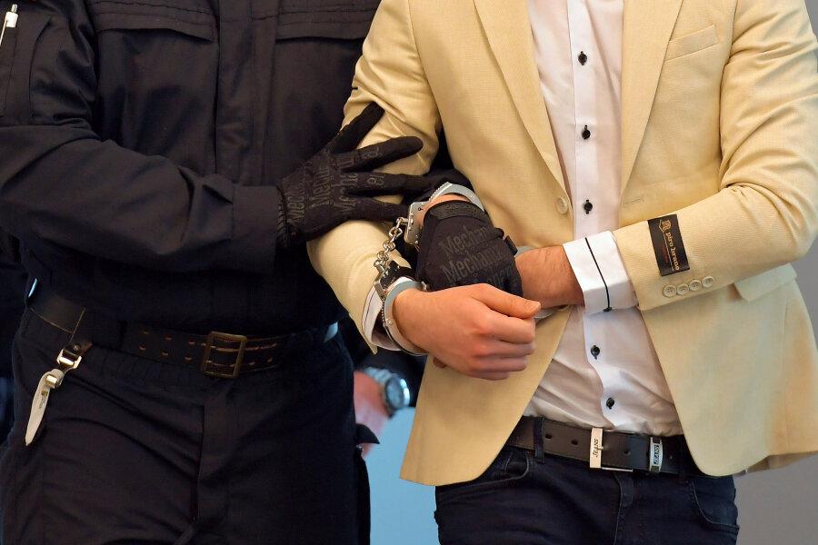 Der Angeklagte Alaa S. beim Prozess des Landgerichtes Chemnitz.