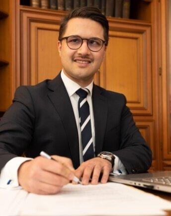 Denis Koudous ist der neue Notar in der Region.
