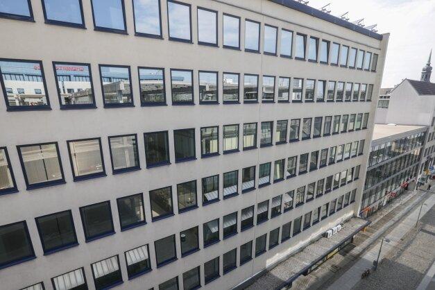 In dem Komplex Am Rathaus 8 ist das Gesundheitsamt der Stadt ansässig. Ob das so bleibt, entscheidet der Stadtrat am Mittwoch.