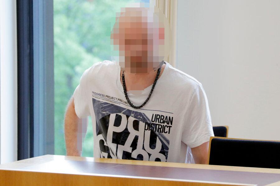 Sprengstoff-Fund am Tag des Merkel-Besuchs in Chemnitz: Angeklagter dementiert politisches Motiv