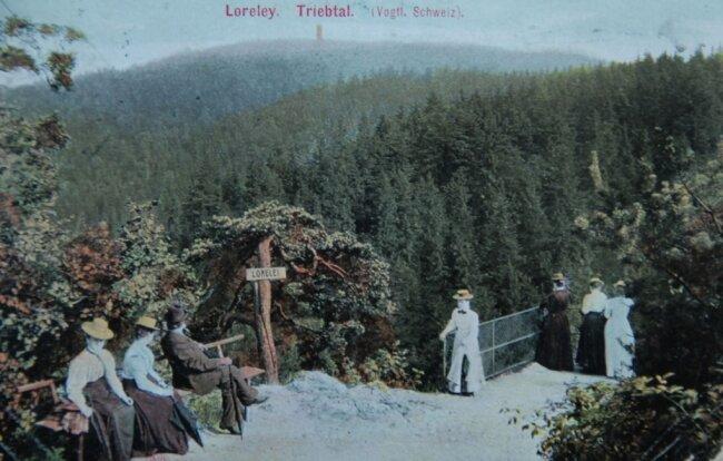 Eine Postkarte der Greizer Hofkunstanstalt Löffler aus dem Jahr 1907 zeugt von der einstigen Beliebtheit des Ausflugsziels Loreley-Felsen. Großstädter hatten das Vogtland als Sommerfrische entdeckt.