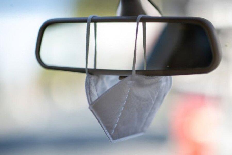 Newsblog Corona: Mundschutz-Mitnahme im Auto soll zur Pflicht werden