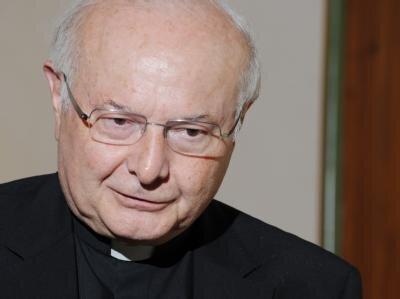 Der Vorsitzende der Deutschen Bischofskonferenz, Erzbischof Robert Zollitsch würdigt den Entschluss des Papstes.