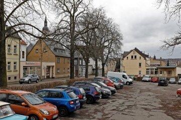 """Kein Schmuckstück: der Parkplatz """"Teichplatz"""" in Lichtenstein."""