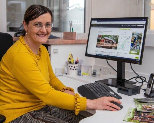 Jana Uhlmann, die Geschäftsführerin des Heimat- und Verkehrsvereins, wirbt zurzeit verstärkt im Internet für die Tourismus-Region. Denn wegen der Coronapandemie sind auf absehbare Zeit keine Messen möglich.