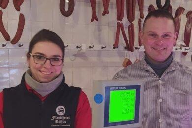 Anja und André Köhler führen die Fleischerei in Clausnitz in fünfter Generation. Neun Mitarbeiter sind bei ihnen beschäftigt.