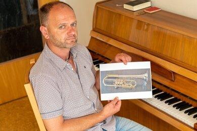 Diese teure Trompete wurde dem Sohn von Steffen Fohlert (Foto) aus der Kirche am Auerbacher Neumarkt gestohlen.