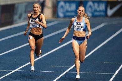 Corinna Schwab vom LAC Erdgas Chemnitz (rechts, hier im Halbfinallauf mit Alica Schmidt) hat ihren Deutschen Meistertitel über die 400 Meter verteidigt.