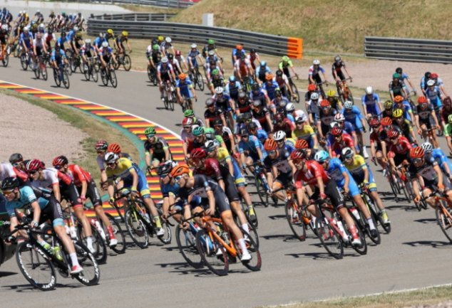 Nach den Deutschen Straßenradsport-Meisterschaften der Elite 2019 (im Bild) und 2020 findet am Montag mit der Drei-Länder-Meisterschaft der U 23 erneut ein Titelrennen auf dem Sachsenring statt.
