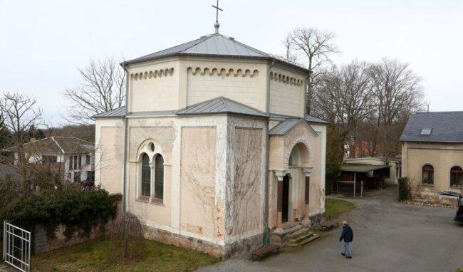 Für die 1873 errichtete Kapelle neben dem Eingang des Friedhofs ist noch in diesem Jahr der Baustart für die Außensanierung vorgesehen.