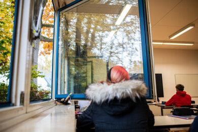 Viele Schüler und Eltern fürchten, dass es in den kommenden Wochen in den Klassenräumen zu kalt werden könnte.