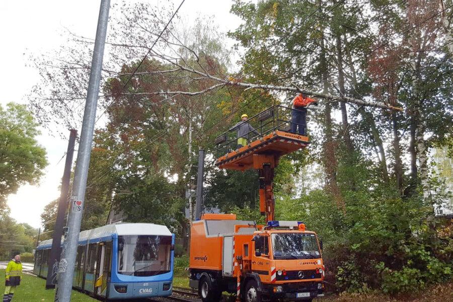 Sturm behindert Straßenbahnbetrieb