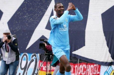 Weil sein Sturmpartner Philipp Hosiner  beim Ostderby gegen Magdeburg gesperrt ist, kommt auf CFC-Stürmer Tarsis Bonga eine besondere Rolle zu.