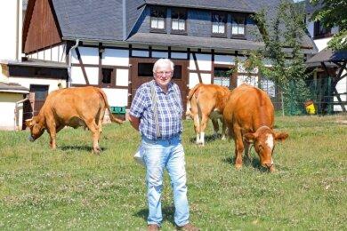 Hans-Dieter Jakob, Inhaber einer Pension in Fraureuth, freut sich über den Besuch von vielen Stammgästen.