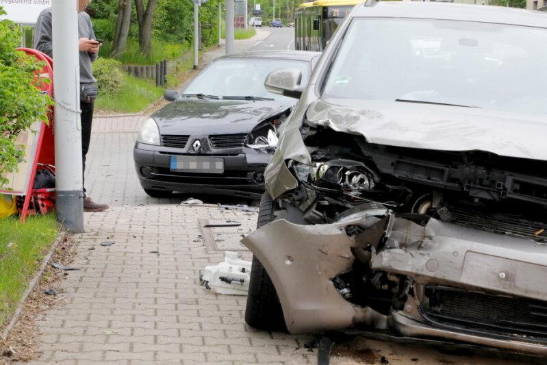 Bei einem Autounfall in Chemnitz ist eine Frau verletzt worden.