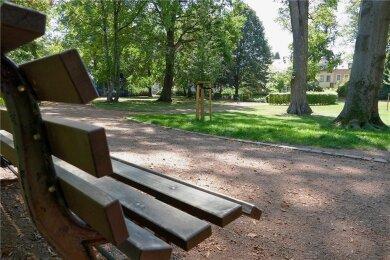 Die Ruhe trügt. Abends wird im Park auch gebechert.
