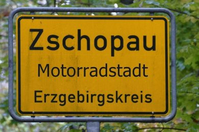 So oder so ähnlich sollen bald die Ortseingangsschilder in Zschopau aussehen. Am 16. Juli wird das erste enthüllt.