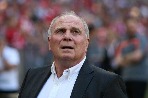 Uli Hoeneß übt Druck auf die Bayern-Stars aus
