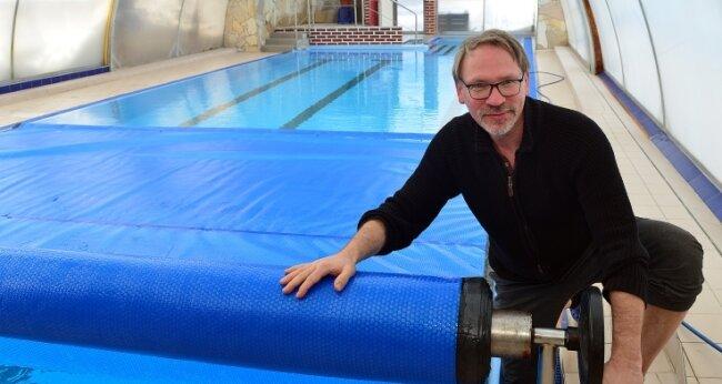 Für die Wiedereröffnung seiner Schwimmschule fehlt Lutz Hoffmann nach wie vor eine Perspektive.