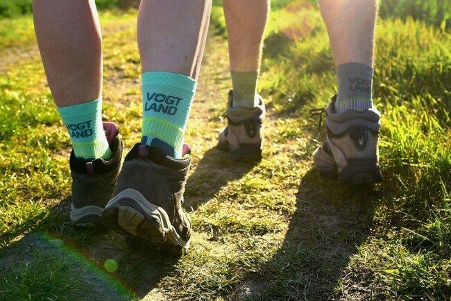 Mit der Outdoor-Socke will der TVV das Vogtland als Reise- und Wanderregion bekannter zu machen.
