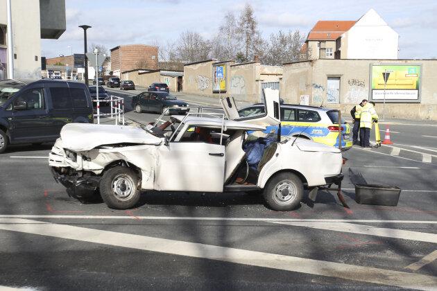 Sechs Verletzte bei Zusammenstoß in Plauen