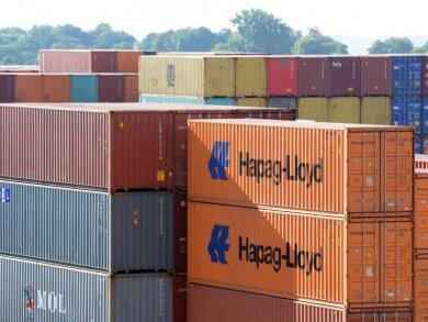 Die Nachfrage nach Container Equipment ist momentan sehr hoch.