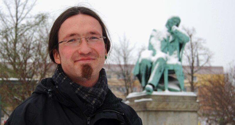 """<p class=""""artikelinhalt"""">Linke-Stadtrat René Hahn leidet an Depressionen und geht damit an die Öffentlichkeit. </p>"""