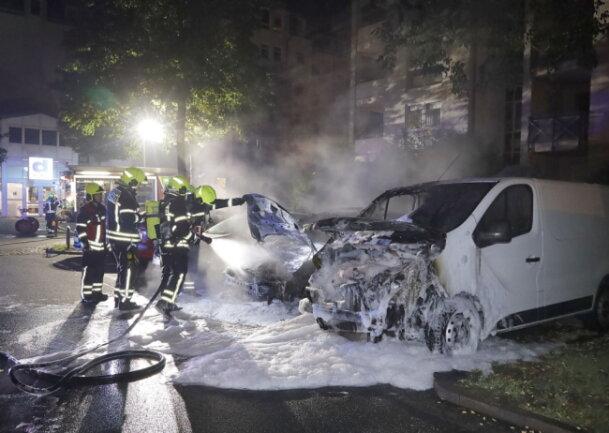 In Altendorf nahm dieser Transporter erheblichen Schaden.