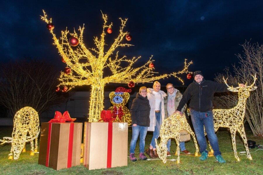 Ob in Rochlitz oder Crossen - Funkelnde Weihnachtswelt im Lichterglanz