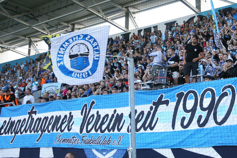 Fußball vor Zuschauern - am Wochenende wird es das erstmals seit Monaten wieder geben.