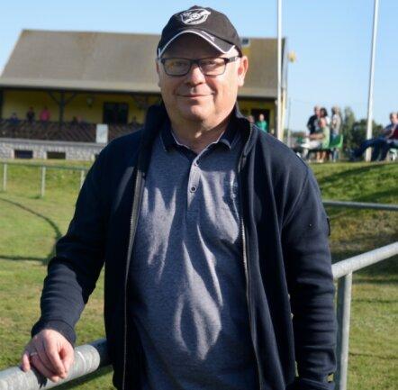 Der scheidende BSV-Präsident Jens Berger wird sich auch in Zukunft regelmäßig auf dem Irfersgrüner Fußballplatz sehen lassen.