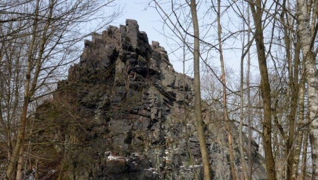 Der Lochstein bei Falkenstein ist eines der Geotope, die im Rahmen des Geo- und Umweltparks Vogtland präsentiert werden sollen.