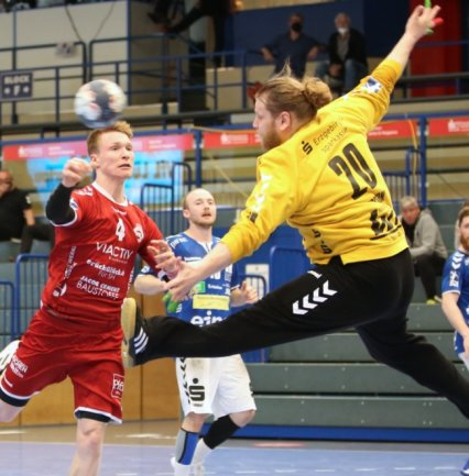 Aues Keeper Sveinbjörn Pétursson stand gegen Schwartau in der zweiten Halbzeit zwischen den Pfosten und legte sich mächtig ins Zeug. Diesen Sonnabend muss er mit dem EHV beim Schlusslicht ran.