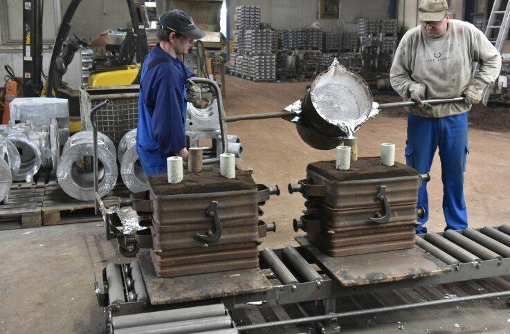 In Muldenhütten kann weiter Aluminium gegossen werden. Der Standort gehört jetzt zu einer Gruppe aus Finsterwalde.